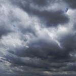 爆弾低気圧が北海道に接近中!今後の予報と予想される被害。備えは?