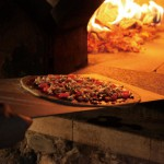 夏休み到来!子供との思い出作りにピザ窯 チムニーでピザを焼こう!
